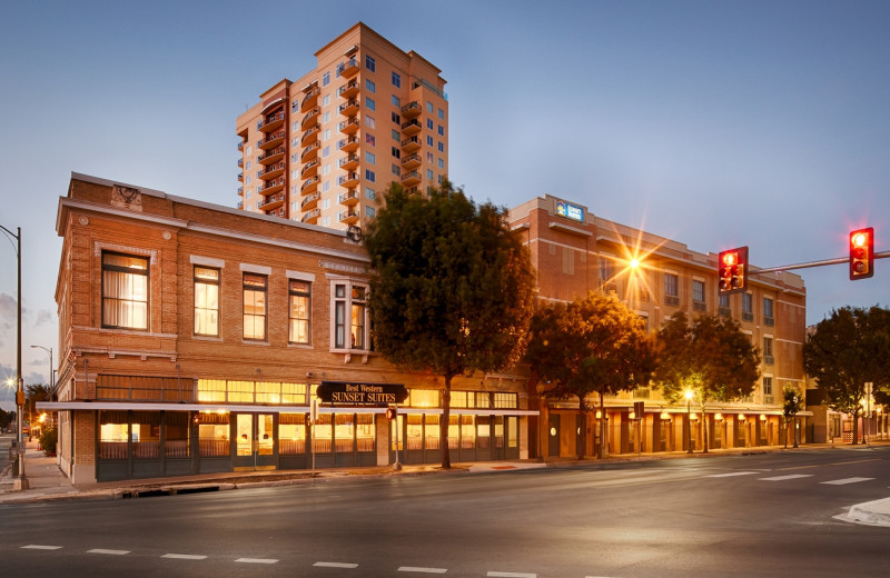 Best Western Sunset Suites