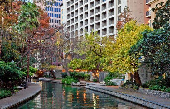 Holiday Inn Riverwalk